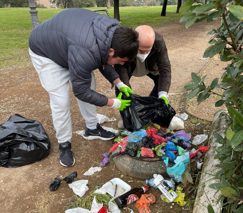 """Via i cestini dai parchi pubblici? Erbaggi-Consorti (FdI): """"Una follia a 5 Stelle"""""""